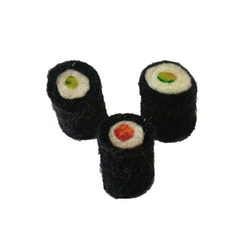 handgemaakte sushi van vilt in drie verschillende smaken